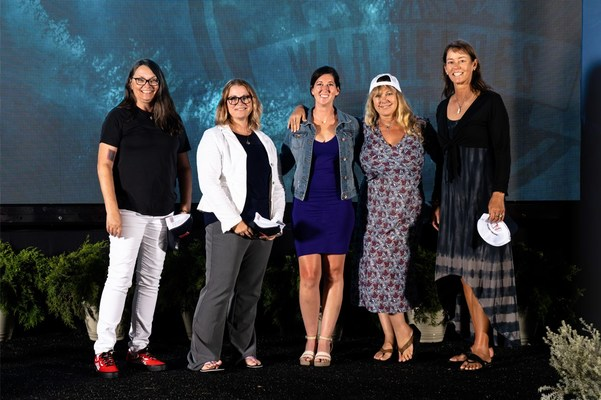 Veterans Samantha Simonds, Robin Baker and Mea Peterson are joined by Surly Mermaid Owner Ali Palmer Johnson (far right) and Captain Traci Decker.